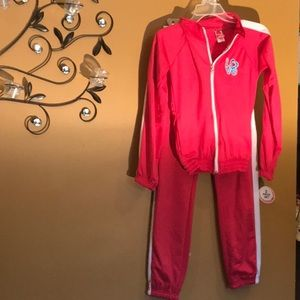 Girls two piece jogging outfit brand new size 14 L